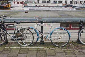 Pak vaker de fiets in plaats van de vervuilende auto om minder CO2 uit te stoten