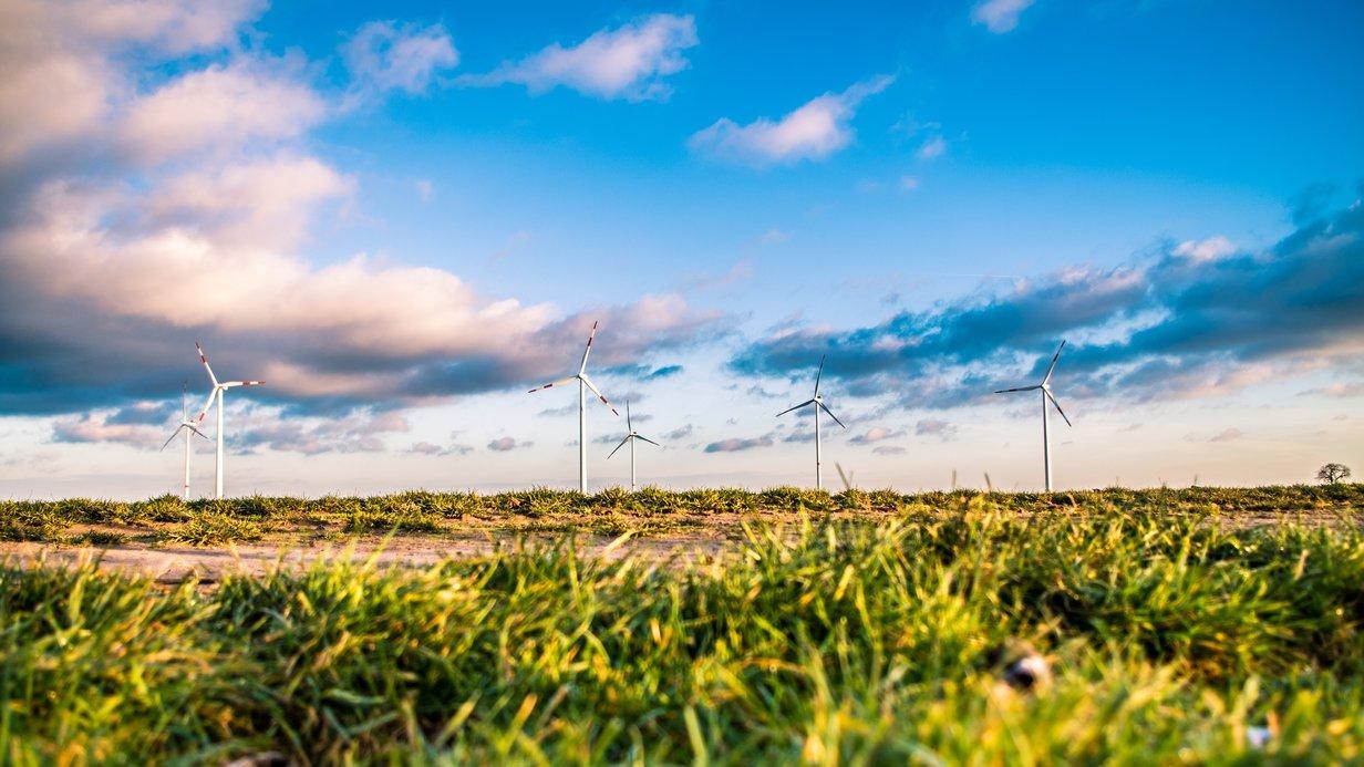 Duurzame energie van windmolens stoot minder CO2 uit